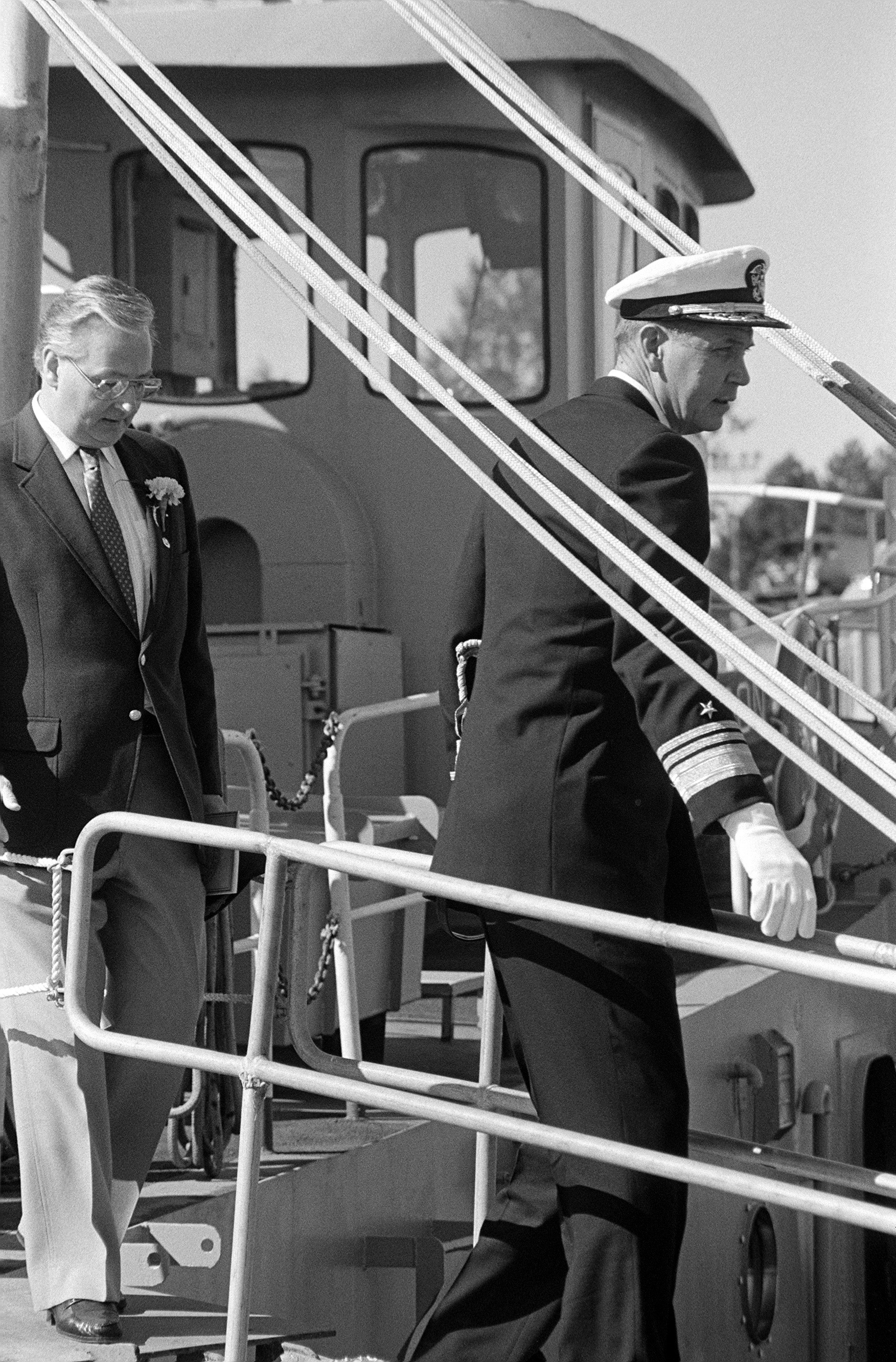 Vice Admiral (VADM) Nils R. Thunman, deputy chief of naval operations, submarine warfare, boards the nuclear-powered strategic missile submarine USS HENRY M. JACKSON (SSBN 730) for a tour at the conclusion of the commissioning