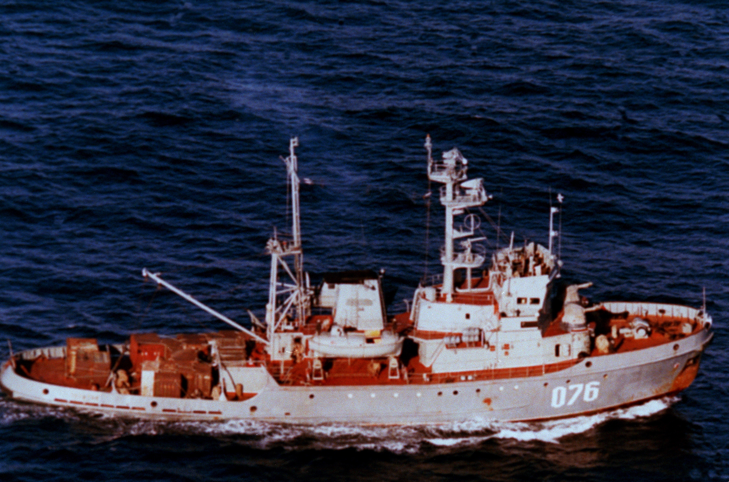 Aerial starboard side view of the Russian Maritime Border Guard Pacific region Sorum class patrol/armed tug CHUKHOTKA (#076) underway. (Exact date shot unknown)
